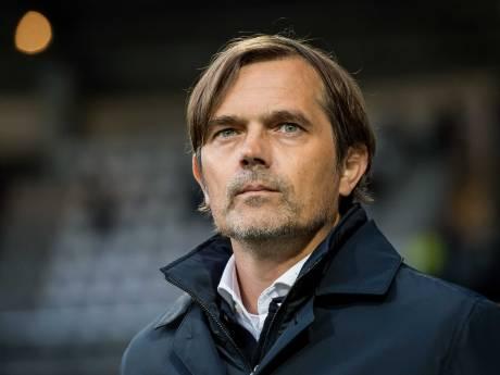 Phillip Cocu treedt na historisch PSV-hoogtepunt uit zijn comfortzone: 'We zijn hem enorm dankbaar'