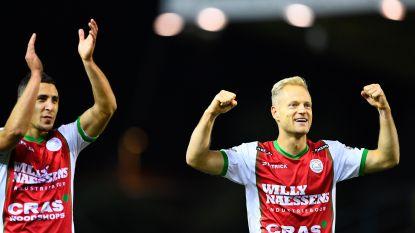 Zulte Waregem sluipt top zes in na 'hold-up' in Waasland-Beveren