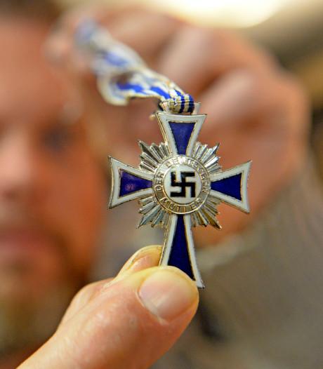 Oldenzaler krijgt heftige reacties op gevonden nazi-kruis