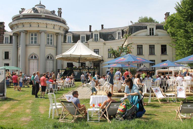 Isotopia palmt dit weekend opnieuw het Blauwhuispark in.