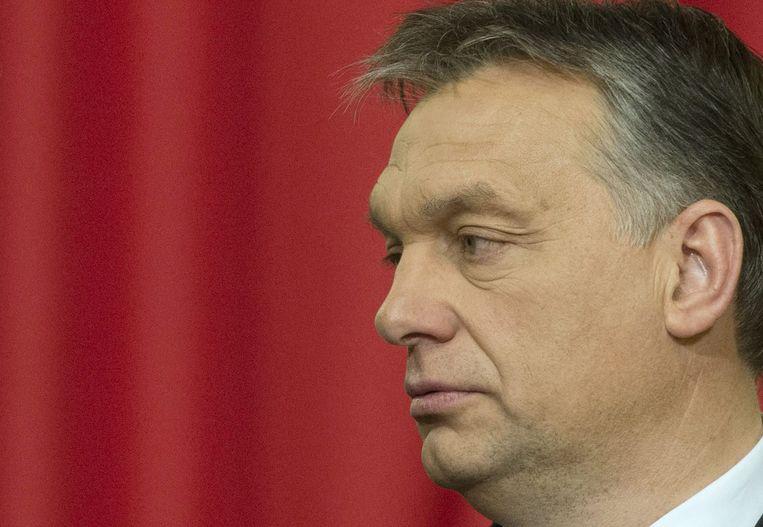 Een half jaar na zijn glorieuze herverkiezing kampt Orbán met protesten en slinkende populariteit. Beeld ap