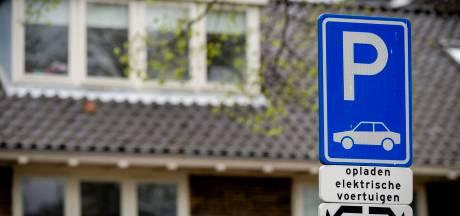 Oplaadpunten voor elektrische auto's op openbare parkeerplaatsen in Almelo