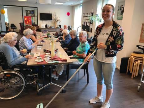 Abrona Woerden leidt eigen cliënten op voor betaalde baan in ouderenzorg