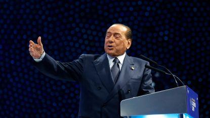 Berlusconi na val opgenomen in ziekenhuis