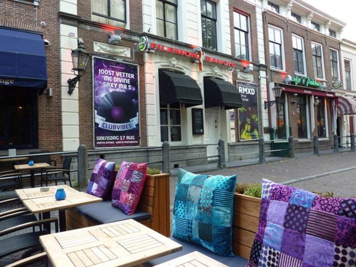Café Filemon & Baucis aan het Janskerkhof.