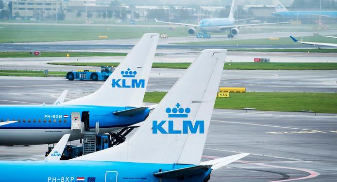 De benoemingsperiode van de 48-jarige KLM-topman Pieter Elbers loopt eind maart af, hij wordt, zoals veel medewerkers hoopten, opnieuw benoemd.