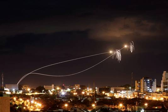 Interception de roquettes palestiniennes au-dessus de la ville israéliennes d'Ashkelon (27 octobre)