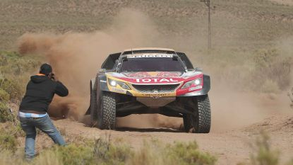 Peterhansel wint achtste etappe Dakar 2018, Carlos Sainz blijft leider