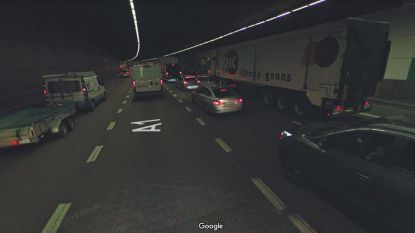Lang aanschuiven op E19 na ongeval met vijf voertuigen in Craeybeckxtunnel