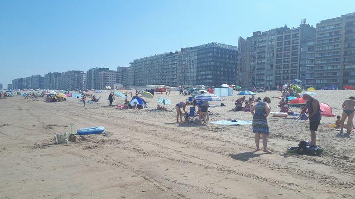 In Westende was zaterdag om 12.15 uur nog plaats op het strand.