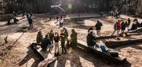 Weer weekend met topdrukte in Herperduin: 'Waar kan je nog heen behalve naar het bos?'