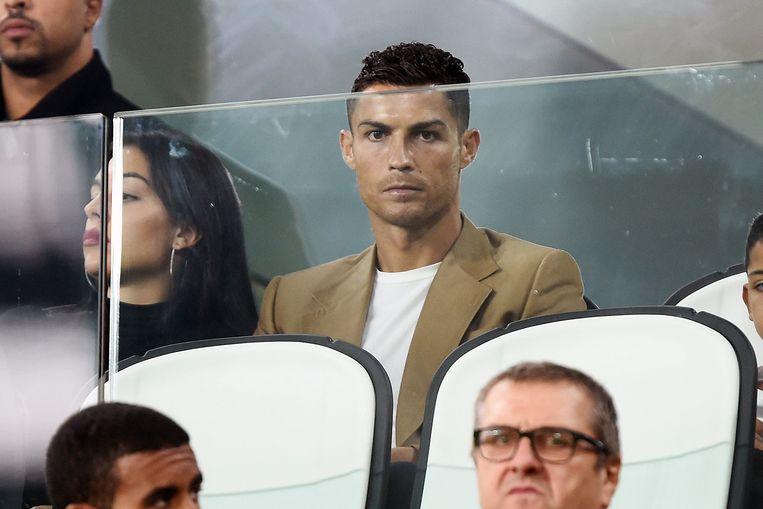 Cristiano Ronaldo woonde eerder deze week de Champions League-wedstrijd van Juventus tegen Young Boys bij. Hij keek geschorst toe.