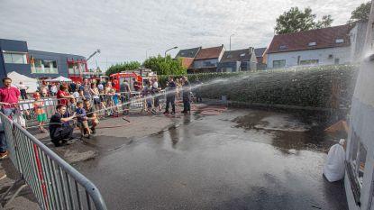 Brandweer zet poorten van kazerne in Eizeringen voor het eerst open