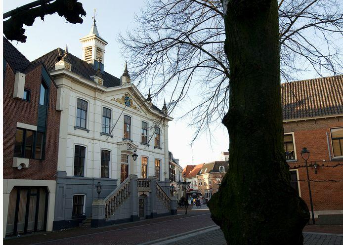 De Sociale Dienst Oost Achterhoek verruilt de werkplekken in het stadhuis van de voormalige gemeente Groenlo voor bedrijvenpark Laarberg.