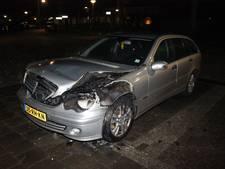 Auto brandt uit in Doesburg