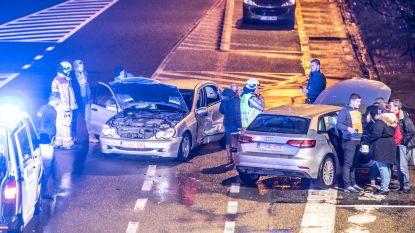 Twee gewonden bij ongeval bij afrit N60 aan Deinzestraat
