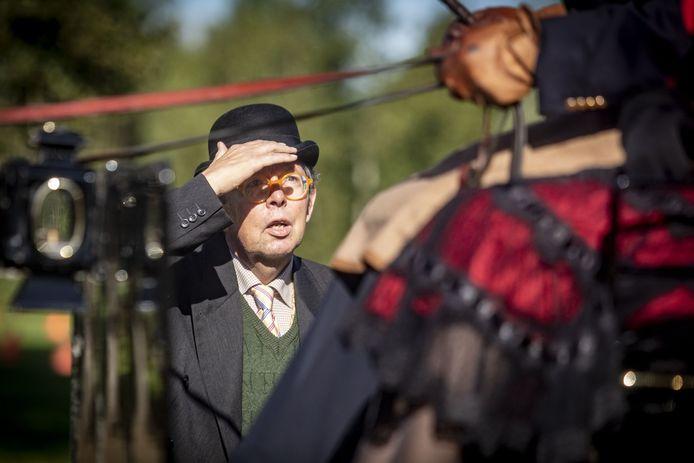 Erik Eshuis uit Albergen, actief bij het NK Mooi Gerij bij kasteel Warmelo in Diepenheim. Eshuis zet zich onder meer in voor behoud van het rijdend erfgoed.