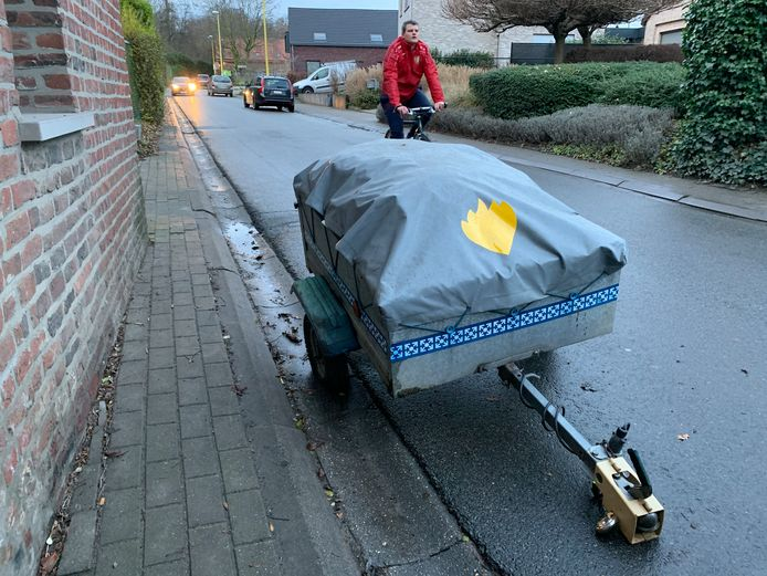 Bewoners Rijkenhoekstraat hebben genoeg van verkeersoverlast