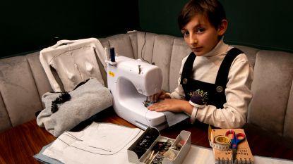 """Paris, 11 en al drie jaar modeontwerper: """"Collecties maken zoals Raf Simons, dat is mijn droom"""""""