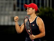 Thuisfavoriete Barty wint in Adelaide en treft Yastremska in finale