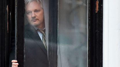 'Stinkyleaks': personeel ambassade klaagt over hygiëne Assange