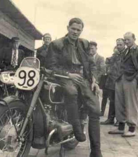 Oud-motorsporter Piet Knijnenburg overleden