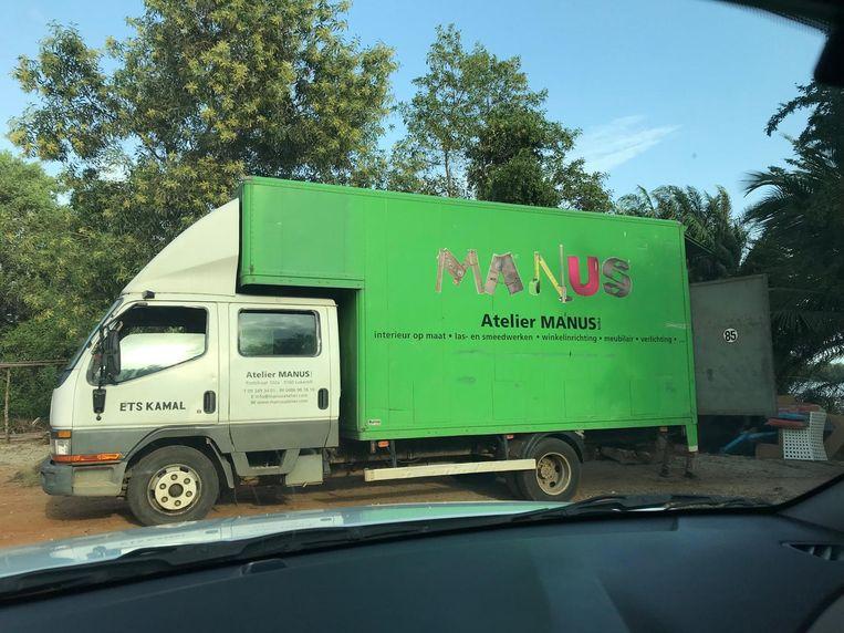 De gifgroene truck is opgedoken op een foto in Ivoorkust.