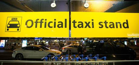 OM: taxichauffeur cel in voor poging afpersen in Amsterdam