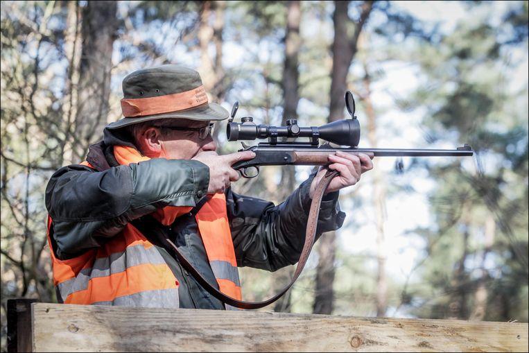 Jagers in onze regio staan paraat om de eventuele komst van everzwijnen op te vangen.