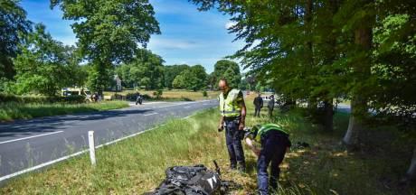 Motorrijder gewond bij aanrijding in Arnhem; politie verricht onderzoek