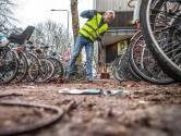'Het is hier een bende', zegt Fietsersbond Zwolle over stalling aan Westerlaan
