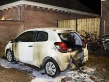 Auto in brand in Kerkdriel: vermoedelijk sprake van brandstichting