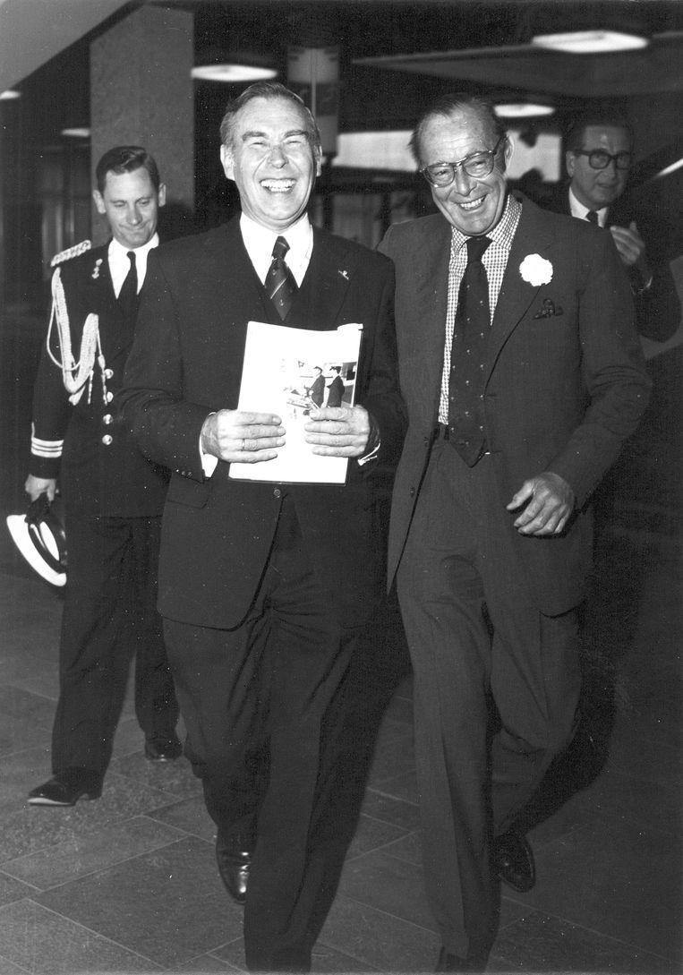 Langeraar in 1974 met prins Bernhard. Beeld Privéarchief