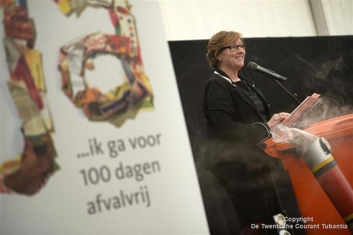 De opening van de 100-100-100 actie voor afvalscheiding 100 dagen afvalvrij.