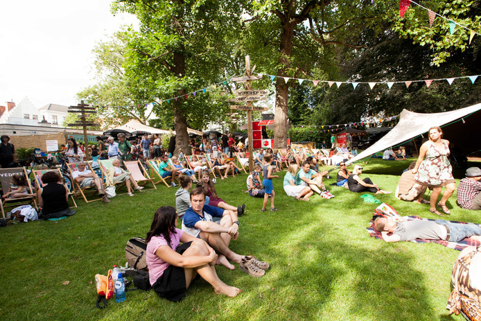 Vama Veche betekende een rustige start van de festivalzomer. Nu zal er meer muziek klinken.