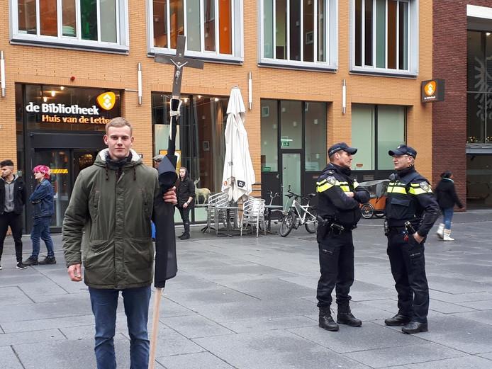 Actie bij bibliotheek Nijmegen in december vorig jaar.