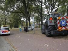 Fietsster komt goed weg na botsing met tractor in Eindhoven