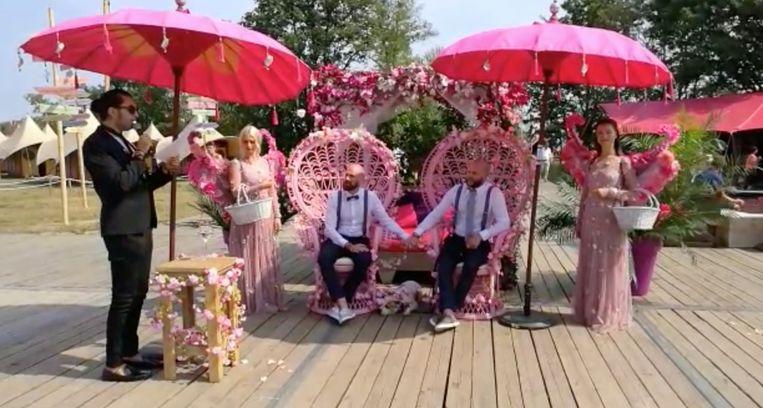Eerste huwelijk op Tomorrowland.