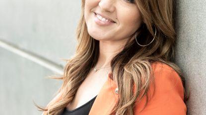 """De introverte Belle Perez groeide uit tot een zelfzekere mama: """"Muziek is mijn redding geweest"""""""