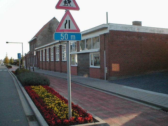 Basisschool De Mozaïek gaat vanaf maandag terug deels open. De kleuters en de eerste graad moeten wel thuis blijven.