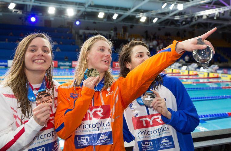 Winnaar Kira Toussaint (c), de Poolse Alicja Tchorz (l) met brons en Beryl Gastaldello uit Frankrijk (r) met zilver. Beeld EPA