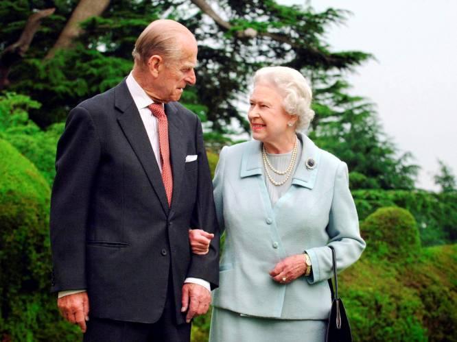 Queen Elizabeth en prins Philip zijn vandaag 73 jaar getrouwd: de romance die nooit had mogen zijn, maar niet tegen viel te houden