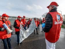 Protest in de polder. 'Wij willen ons novemberloon', roepen de chauffeurs