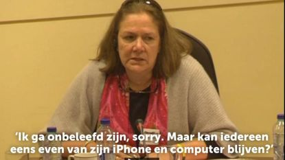 """Moeder slachtoffer Zaventem haalt uit naar politici: """"Kan iedereen eens van zijn iPhone blijven?"""""""