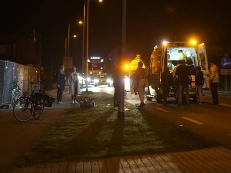 Tiener geschept door busje op de N345: weg tussen Apeldoorn en Zutphen dicht bij De Kar