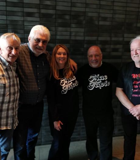 Rock-'n-roll band Mac Taple uit Eindhoven ontmoet Amerikaans echtpaar Mack Taple