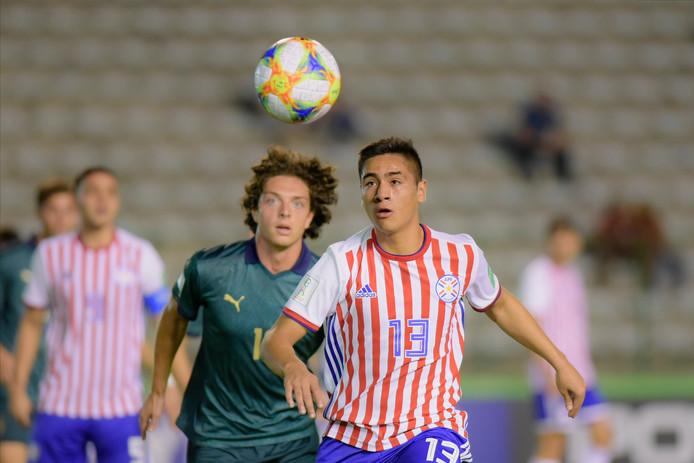 De Paraguayaanse matchwinnaar tegen Argentinië Basilio Duarte, hier in het groepsduel met Italië.