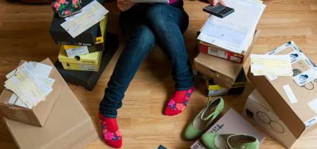 Doesburg op bezoek bij mensen met grote huurachterstand: 'Niet betuttelen, maar helpen'