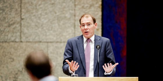 Wat staatssecretaris Snel verrast, maar gedupeerden weten: de Belastingtelefoon werkt niet. Hoe kan dat?
