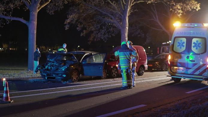 Bij het ongeval op de N35 in Raalte moesten twee gewonden worden afgevoerd.